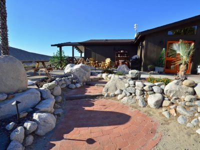Lodge hillside in Whitewater Canyon - Casa de los Desperados