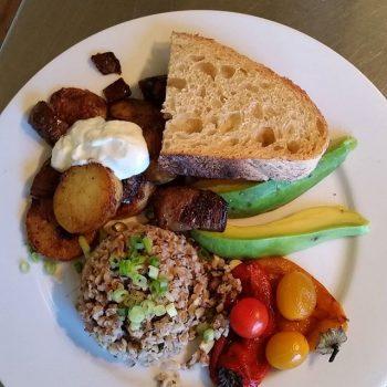 Vegetarian breakfast at Casa de los Desperados